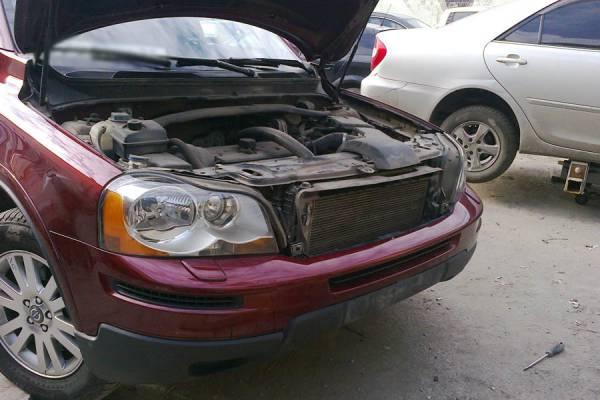 Volvo XC90 2010 ремонт усилителя бампера, ремонт переднего бампера - 20120813