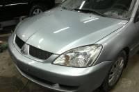 Mitsubishi Lancer IX 2005 вытягивание рамки радиатора, ремонт и покраска передних крыльев, замена и покраска капота и бампера в Екатеринбурге 20130104